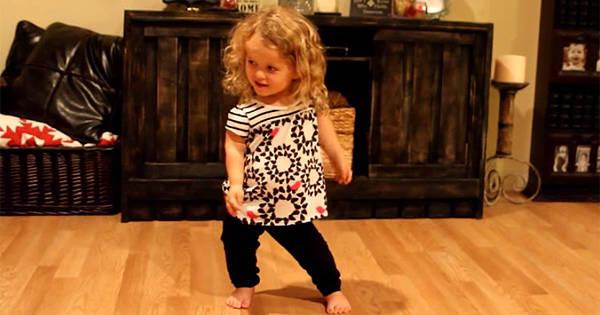 Facebook flickor dansa